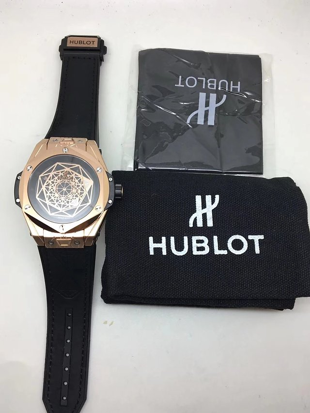 Replica Hublot Big Bang Sang Bleu Tattoo Watch Review